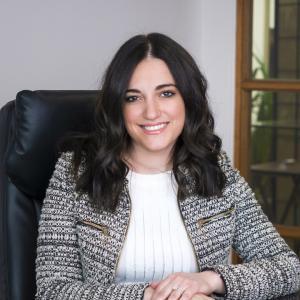 Me Veronica Vallelonga, avocate en droit de la famille | Montréal